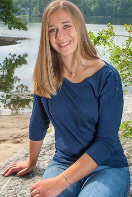 Laura Hansen : Senpai Instructor